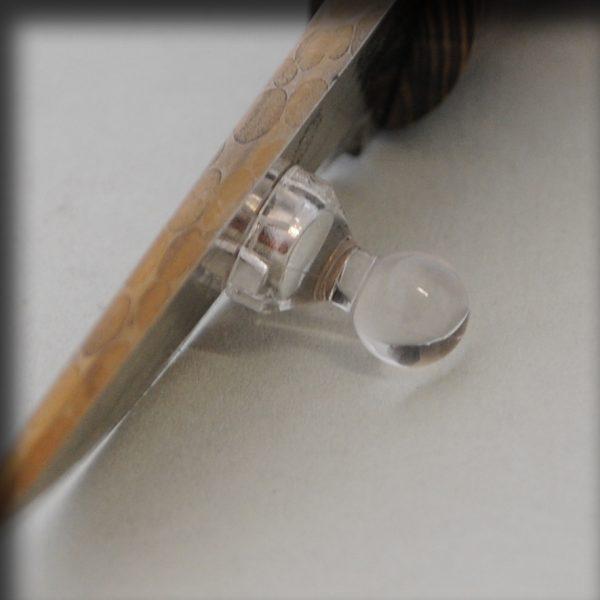 Knivstøtte magnet