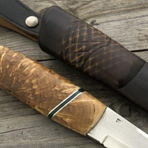 brukskniv med valbjørk skaft