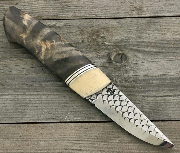 kniv med bein fra sjøku